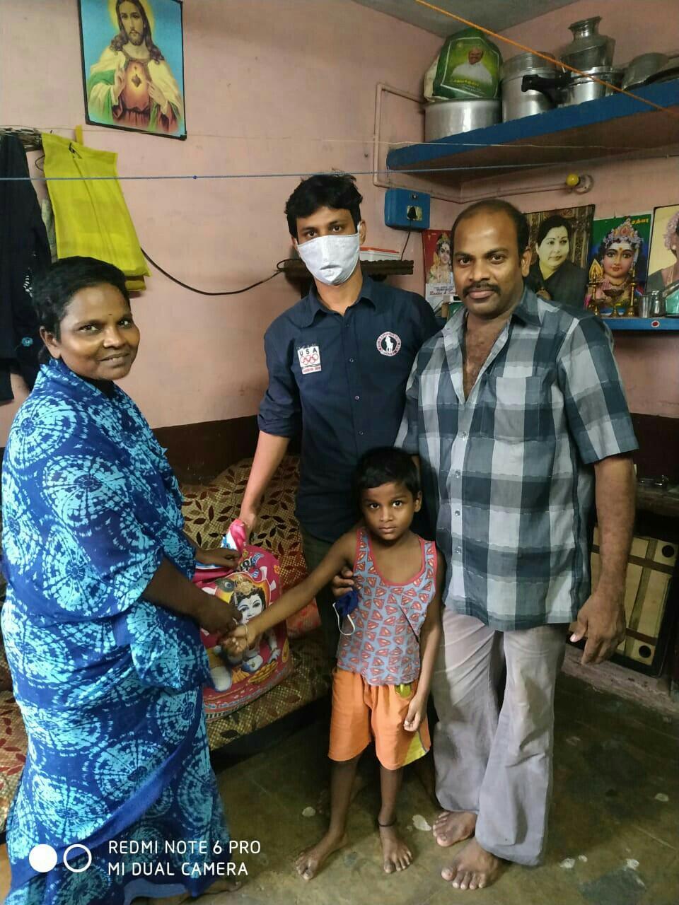 பேரிடர் நிவாரணம் வழங்கும் நிகழ்வு - இராயபுரம்