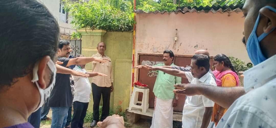 அம்பத்தூர் தொகுதி-82ஆவது வட்டத்தில் கொடி ஏற்ற நிகழ்வு